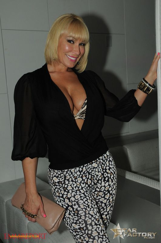 monroe bridge milf personals Start meeting new people in west monroe with pof start browsing and  messaging more singles by registering to pof, the largest dating site in the world.