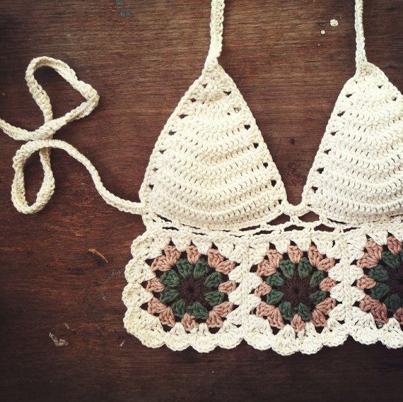 receita de top de crochet com quadrados por Crochetbikinisbyfabi