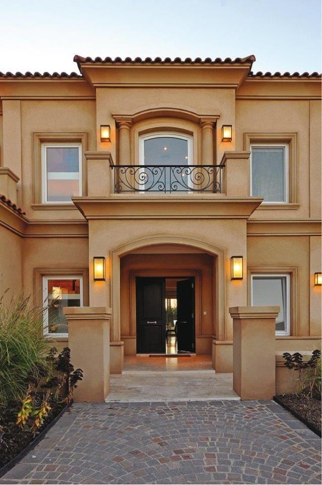 M s de 1000 ideas sobre fachadas de bardas en pinterest for Casas clasicas modernas