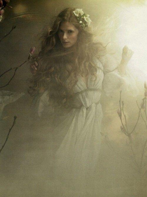 Fair maiden of the mist
