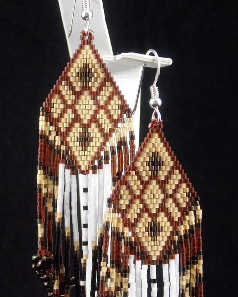 These Native American Beaded Earrings with the new diamond arrow design are beaded with beautiful Ruby and gold colors.