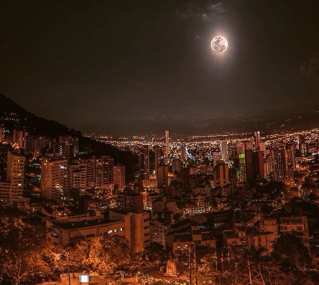 Cali, Colombia #Cities #Moon #Night