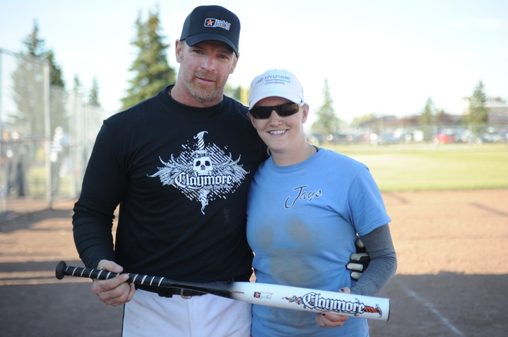 jak'd takes care of its family! Proud winner of the Claymore softball bat by jak'd at the Canadian Co-Ed World Series 2012
