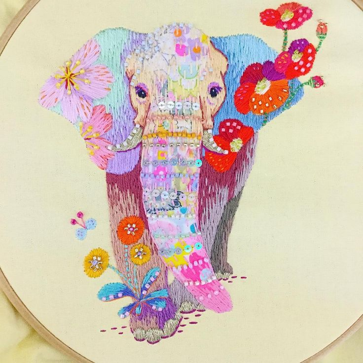 elephant  #embroidery #stitch #刺繍 #art #illustration #mixedmedia #イラスト #needlework #イラストレーション