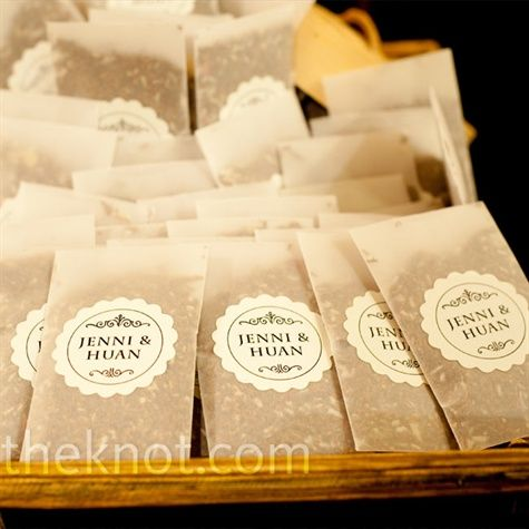 More bags!  DIY tea bags...so sweet.  This would be a great idea for a bridal shower/wedding brunch.