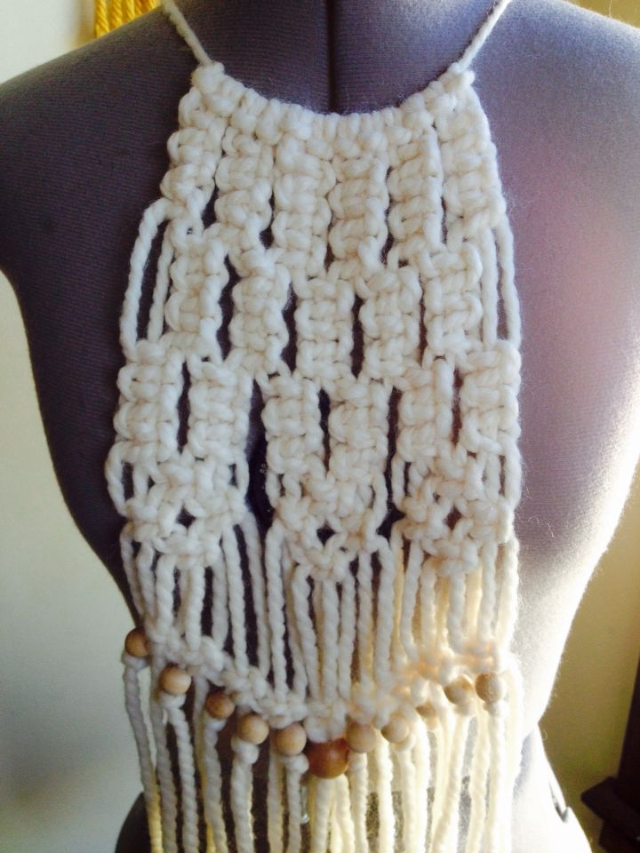 Eggshell Bib Fiber Bib Necklace