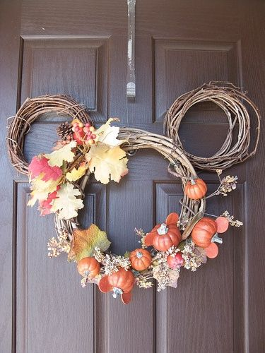 Too easy fall wreath idea - Mickey Mouse pumpkin wreath. Need to make this! It's my favorite season!
