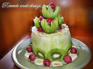 Tort din fructe