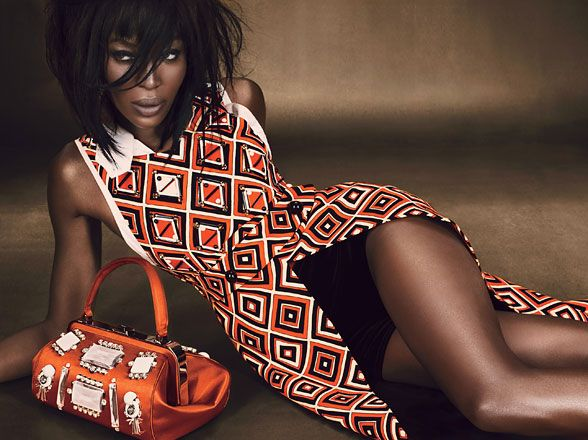 This color and print on Naomi Campbell screams Autumn fierceness. Photographed by Emma Summerton. From WMag: Fall dresses, burnt orange, fall burnt oranges dresses, 60s dress prints, geometric fall print dresses.