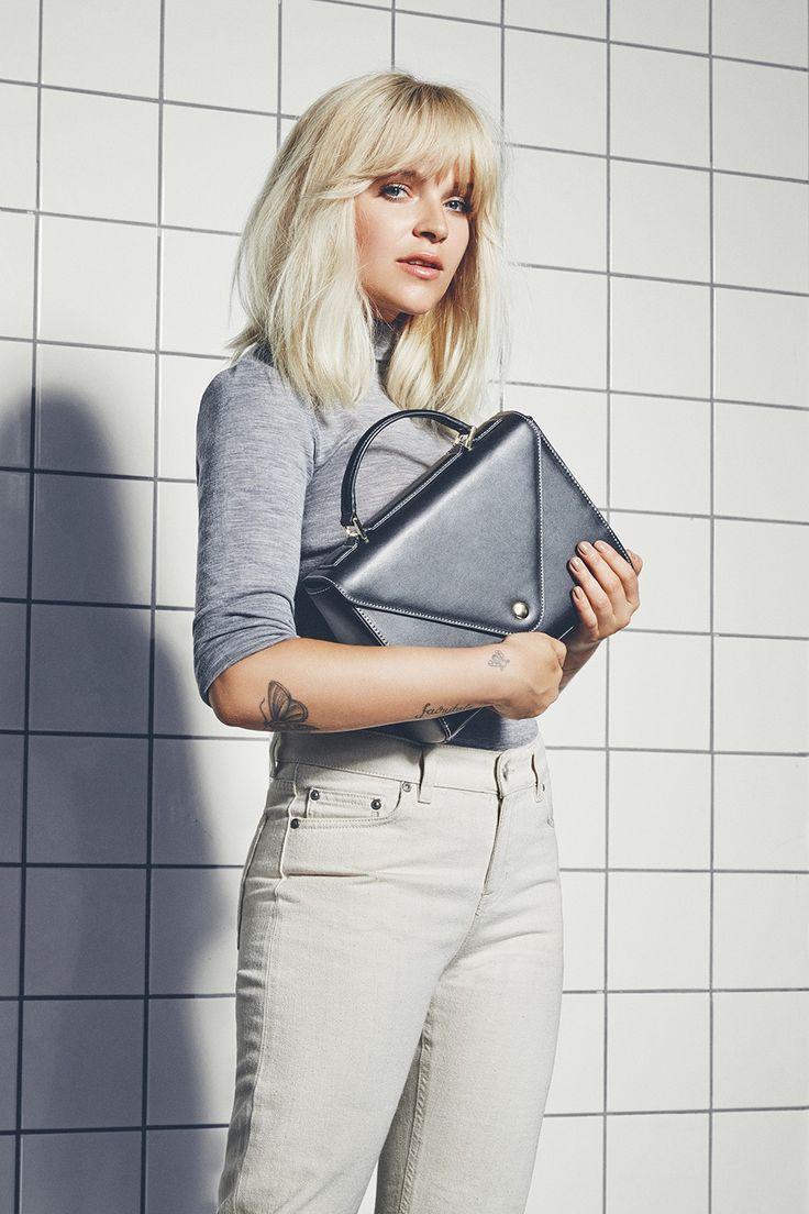 Marie Jedig x Markberg | Classic black and retro look | Sonja Bag