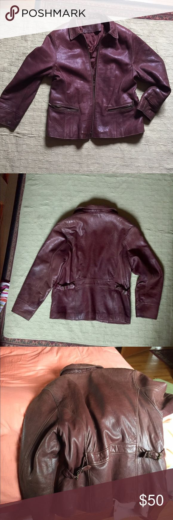Men's Leather Coat 100% Genuine Leather Jacket ... this is a really awesome men's leather coat, soft leather very comfortable... Brown, size L measurements 23 inches chest 27 inches from back of neck to bottom of coat 24 inches from shoulder to hand Jackets & Coats Bomber & Varsity