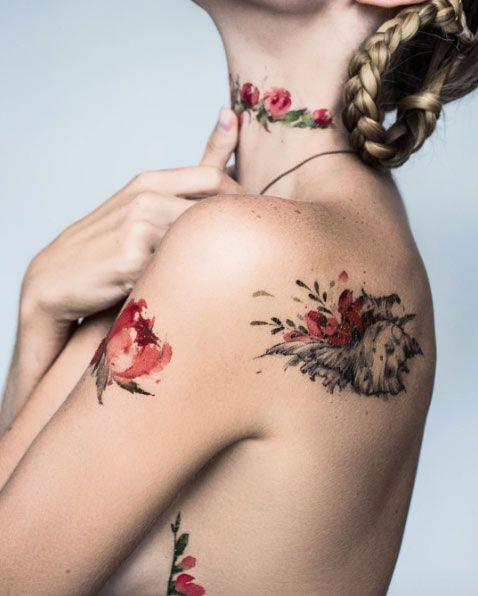 Watercolor florals by Pis Saro