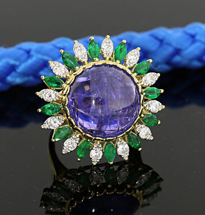 Online veilinghuis Catawiki: Ring met tanzaniet-briljant-smaragd, in totaal 19,60 ct, 750 / 18 kt geelgoud -- ZONDER RESERVEPRIJS