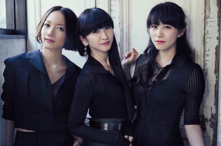 Perfume (JPN) &Girls - ptapino: Scarlet and Black
