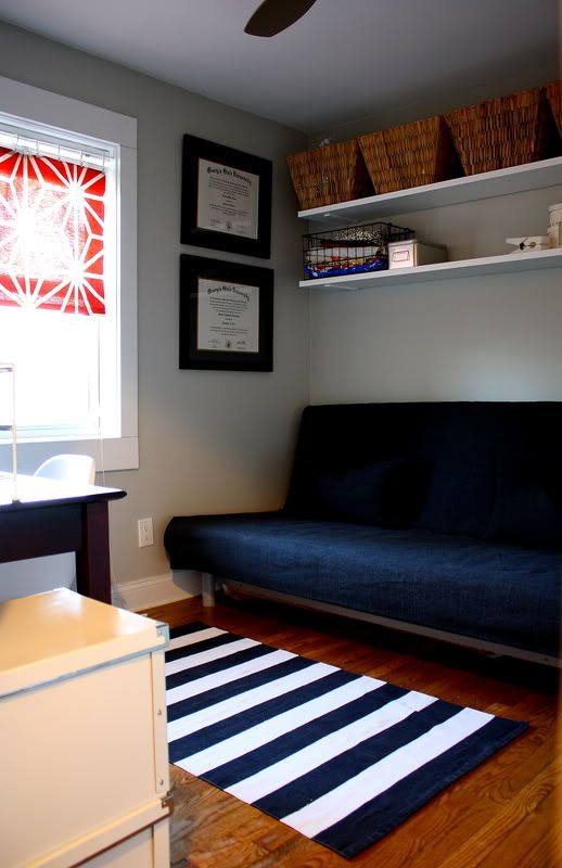 Modern Design Spare Room Ideas Fold Down: IKEA Hack: Disassemble A Bookshelf And Hang The Boards On