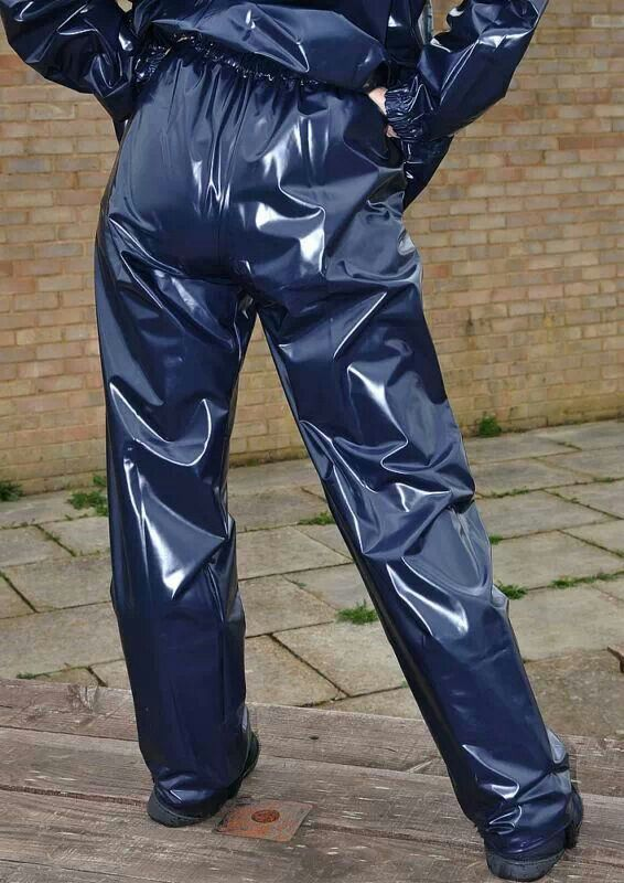 Free Guy Wearing A Silver Sauna Suit With Plastic Pants Videos