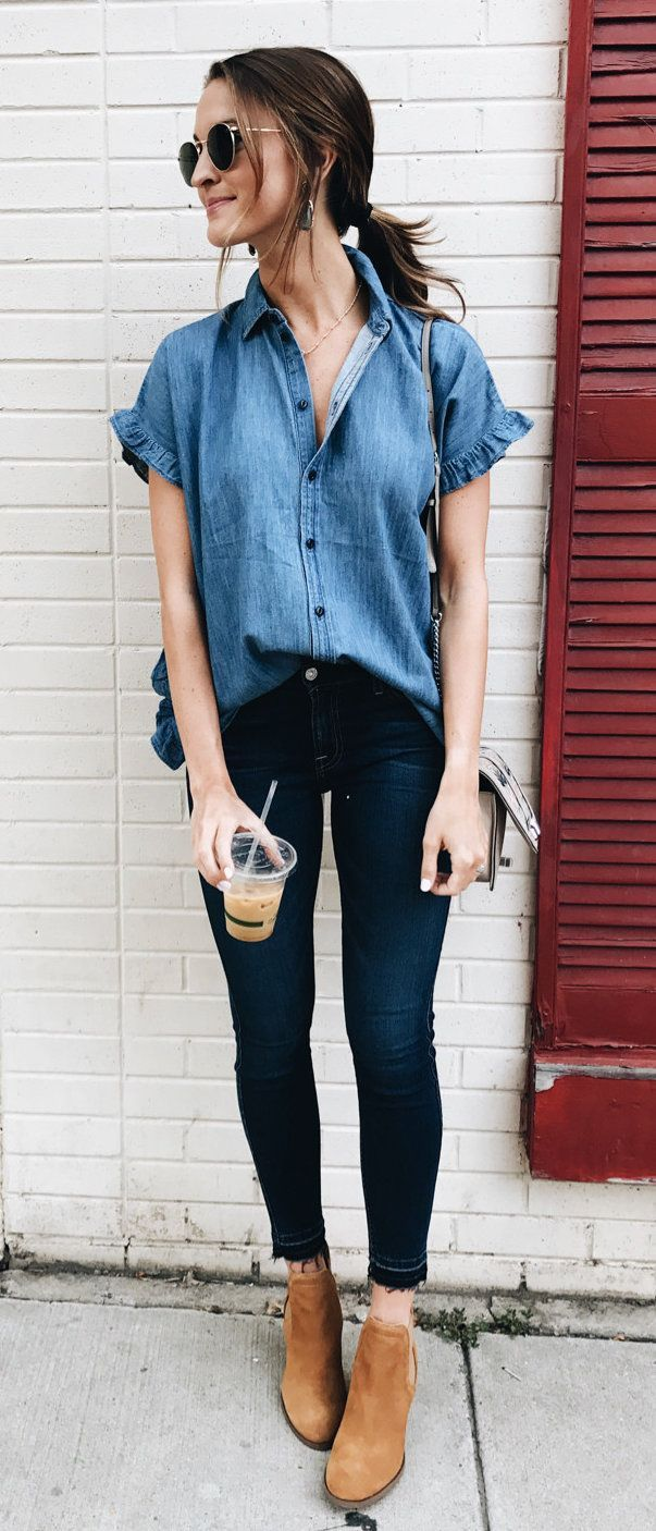 f8e9271d7 #fall #outfits women's blue chambray button-up collared T-shirt and blue  jeans outfit #casualwinteroutfit