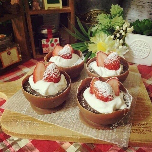 はるなさんの生チョコカップ #snapdish #foodstagram #instafood #instasweet #food #homemade #homemadesweets #cooking #japan #wintersweets #valentine #マフィン #手作りおやつ #おやつ #ていねいな暮らし #暮らし #自家製ケーキ #パーティー料理 #バレンタインデー #チョコカップ https://snapdish.co/d/9Wvbia