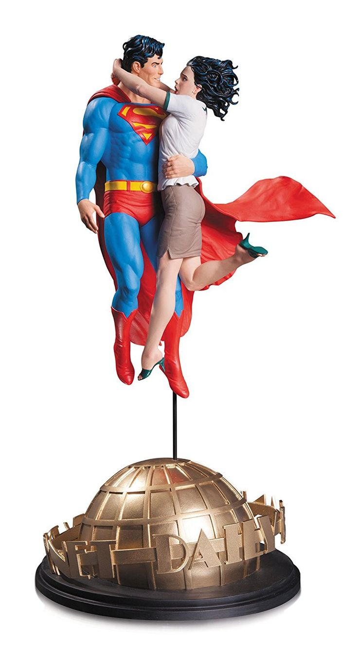 DC Collectibles Designer Series Superman & Lois Lane Statue by Gary Frank