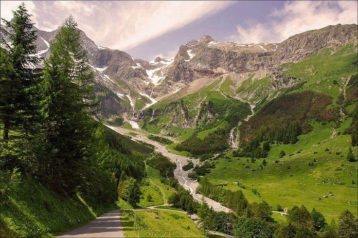 The magnificent 16 km long Brandnertal (Brandner Valley) in Austria