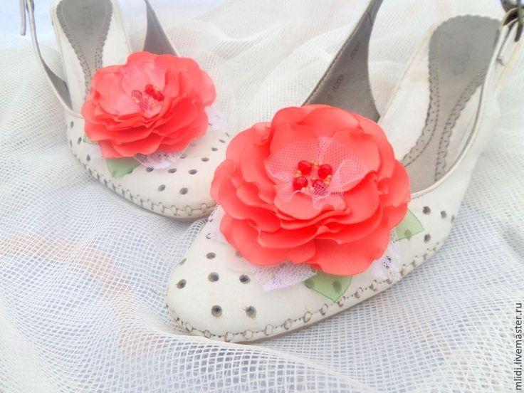 """Купить Броши, заколки, клипсы для туфель""""Коралловые розы"""" - коралловй розы броши, броши красные цветы"""