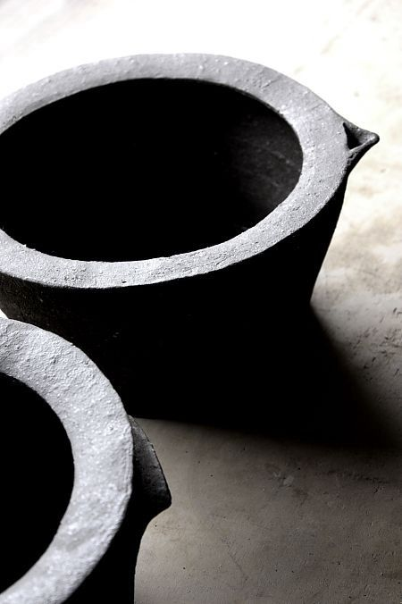 the japanese ceramic essay Contemporary ceramic artists or one of the artists we learn about in class the  images and  shiho kanzaki is a japanese anagama (wood fired) potter from  shigaraki, a town famous for its  essay that includes the following: - important  dates.