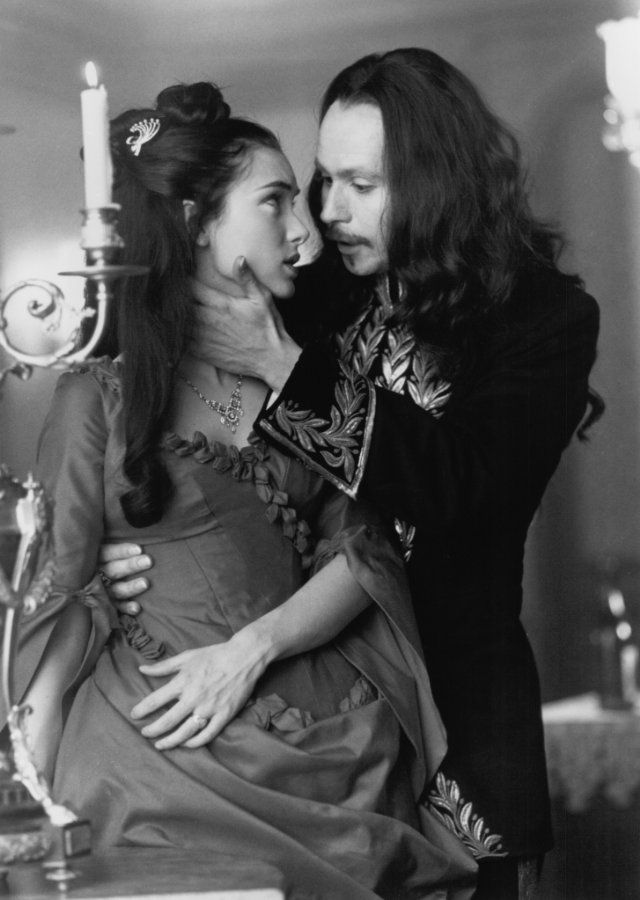 Winona Ryder and Gary Oldman as Mina Murray and Dracula in Bram Stoker's Dracula - 1992