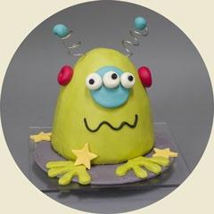 cute monster or even alien cake