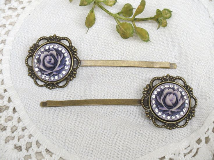 Victorian style hair clips