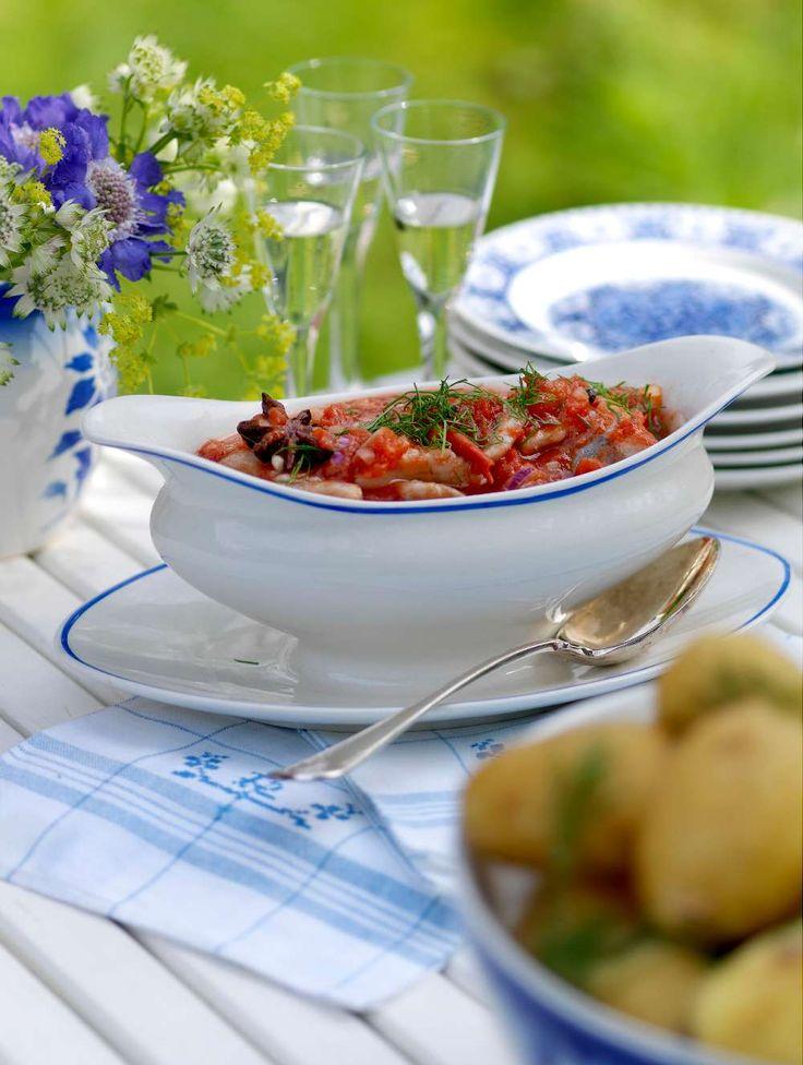 Midsommar dill- och tomatsill