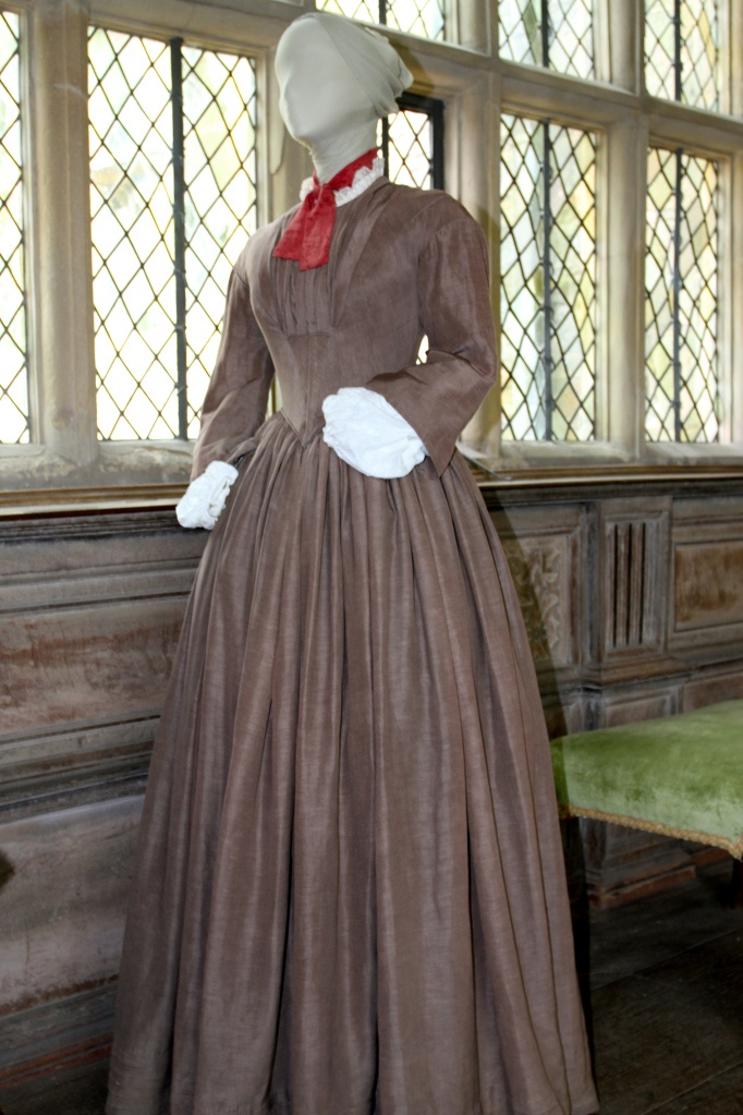 jane eyre style Miss temple is the teacher of jane eyre, the protagonist of jane eyre (1849), a novel by charlotte bronte jane is an orphan, raised by her unkind aunt reed.