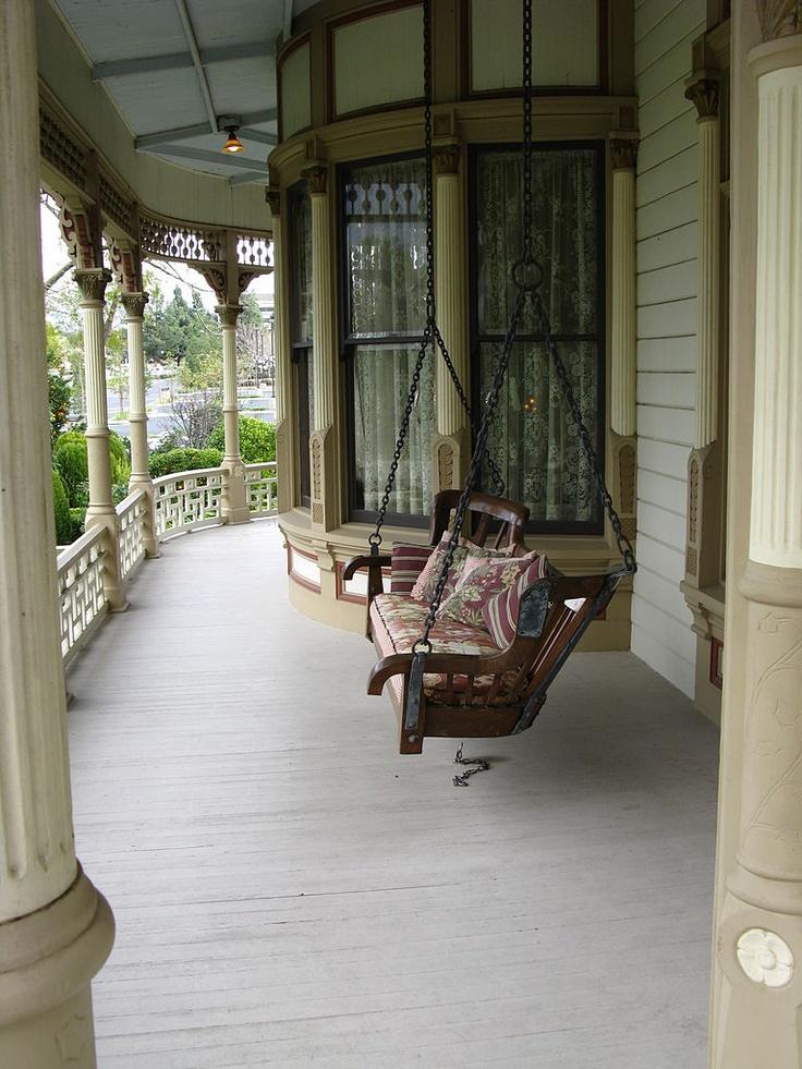 Love the swing, love the window, love the lattice work details.