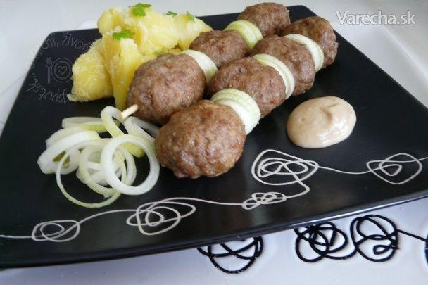 Mäsové guľky alebo čevapčiči (fotorecept)