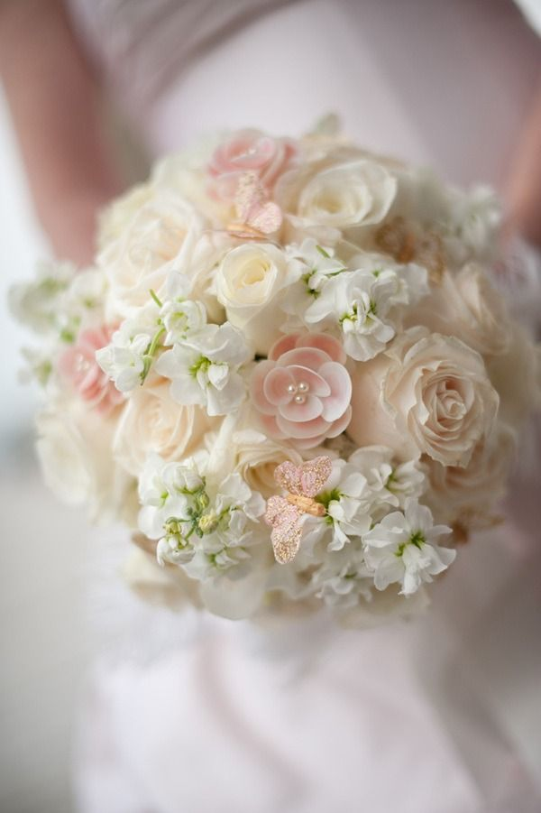 Love the pearls in this bouquet by the bride and Katie McConnell, photographed by Ned Jackson (via style me pretty)