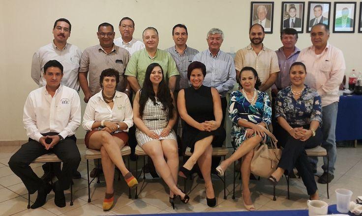 Dialoga IEE con empresarios de Coparmex  Manzanillo sobre el Proceso Electoral Local 2014-2015