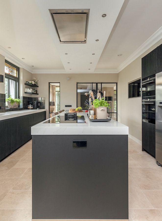 Luxe Keuken Met Eiland Binnenkijken Smartdesign Keukenstudio Keuken Met Eiland Tijdloze Keuken Keuken Ontwerp