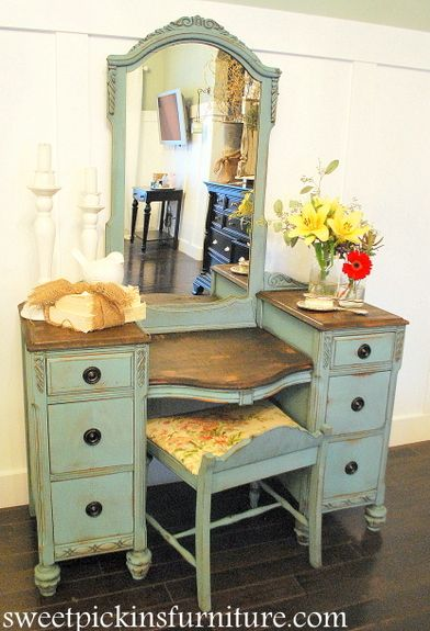 Paint – Annie Sloan Chalk Paint in Provence  Glaze – Sherwood Glaze in Van Dyke Brown – from Sherwin Williams  Stain for tops – Kona by Rustoleum