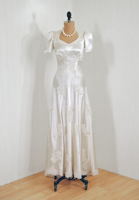 32 Best 1940s Style Wedding Dresses Images On Pinterest