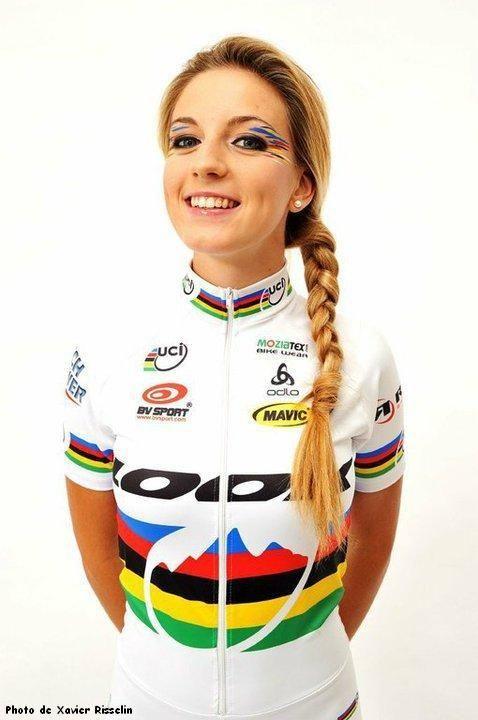 Ciclismo Picante by ChBikers: ¿Quién es ella?