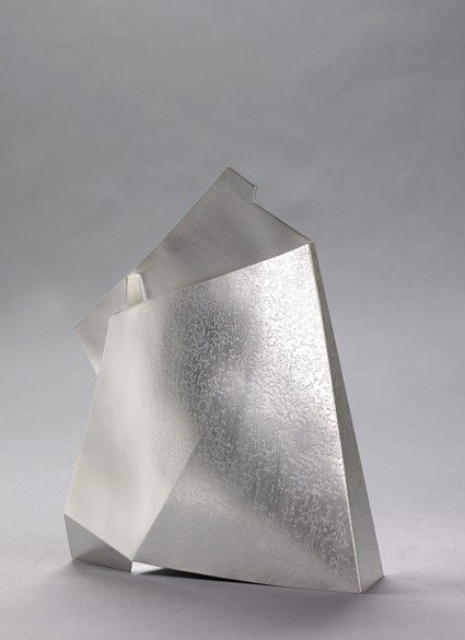 Esther Lord - Etched Wedge Vessel http://www.estherlord.com/