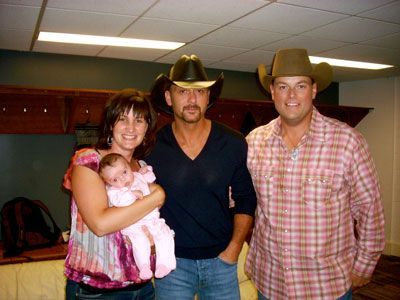 Tim McGraw (with his wife and daughter) & Gord
