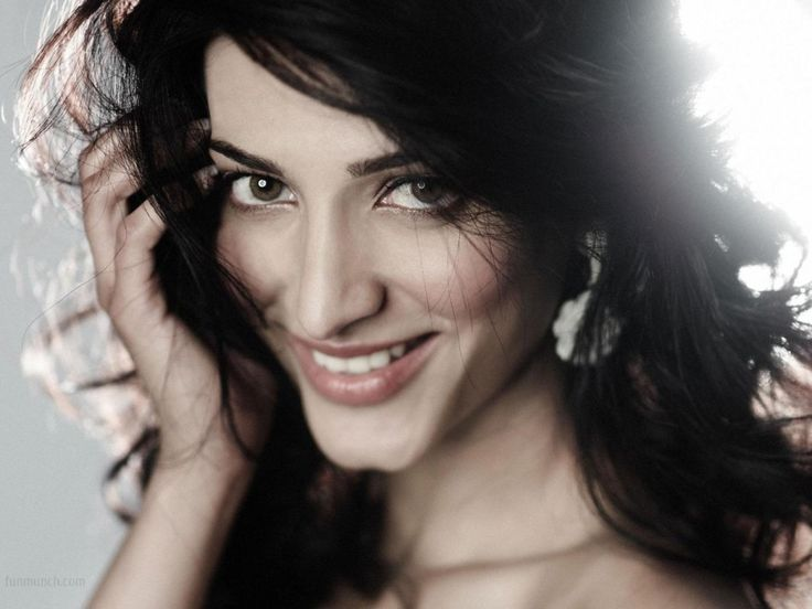 Best Shruti hassan images ideas on Pinterest Shruti hassan