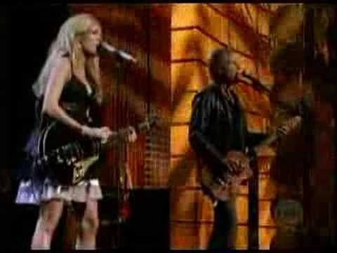 Carrie Underwood and Lindsey Buckingham - Go Your Own Way - YouTube