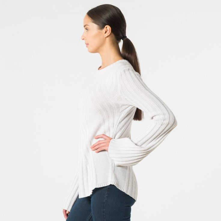 Ribbed cashmere sweater with bell sleeves side view