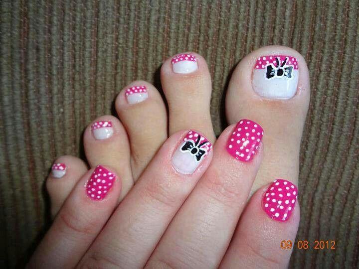 mqnos y pies rosa