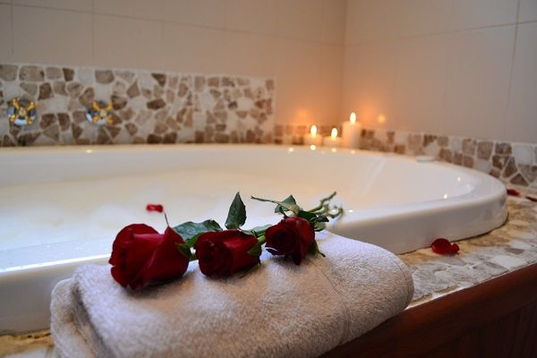 Klip River Country Estate offers a wide variety of Suites with beautiful bathrooms