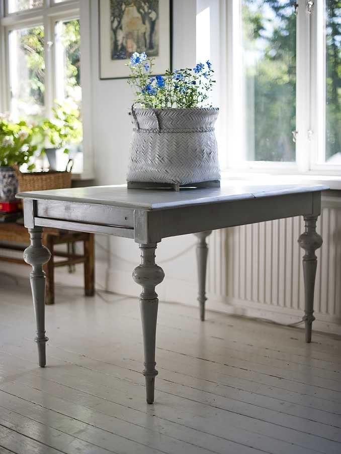 Butik Lanthandeln Antikt franskt bord SÅLT