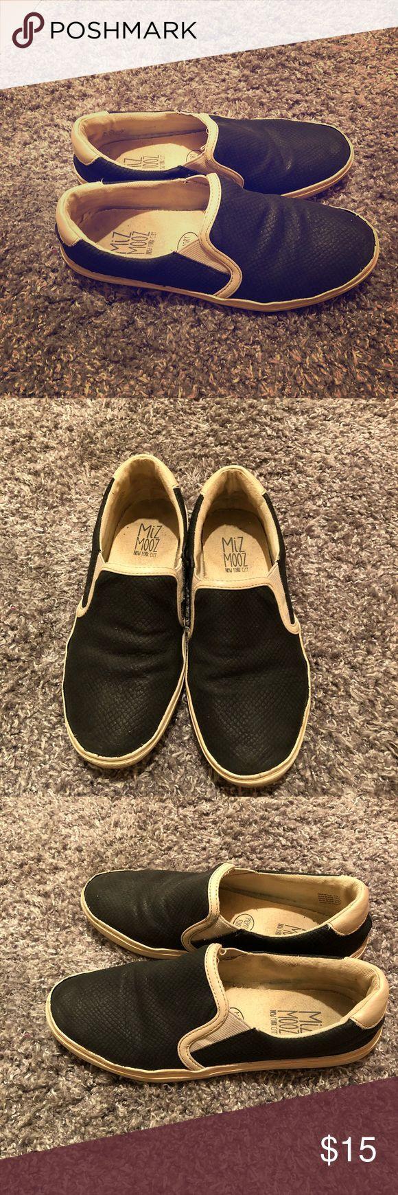 Mix Mooz Memory Foam Sneakers Miz Mooz memory foam sneakers, size 7. Used condition. Miz Mooz Shoes Sneakers