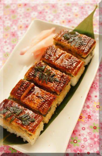アイデア賞♪スーパーのうなぎで☆プロが作ったみたいなうなぎの押し寿司のレシピ♡