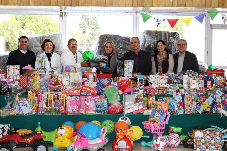 Voluntariado del IMSS recaba juguetes, dulces y cobijas para niños internados y en albergues | El Puntero